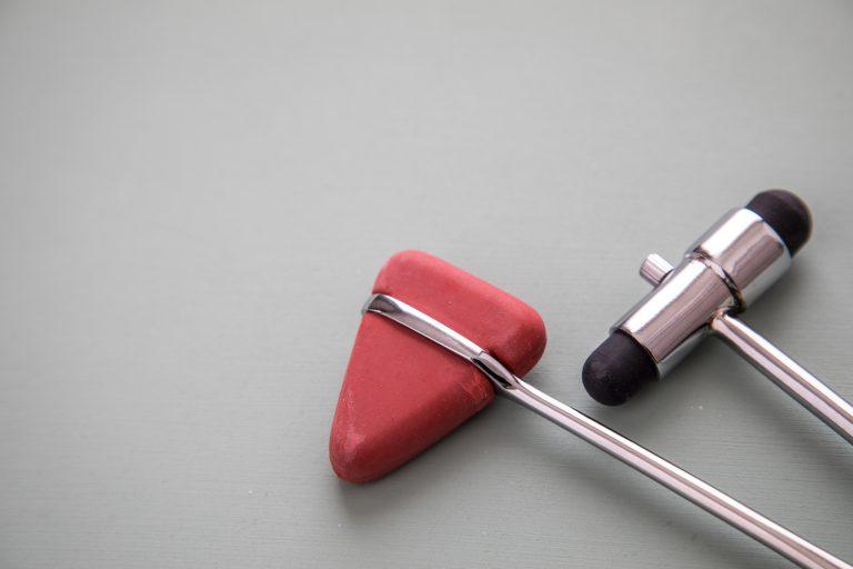 Neurologie Instrumente Reflexhammer und Perkussionshammer zur Diagnose